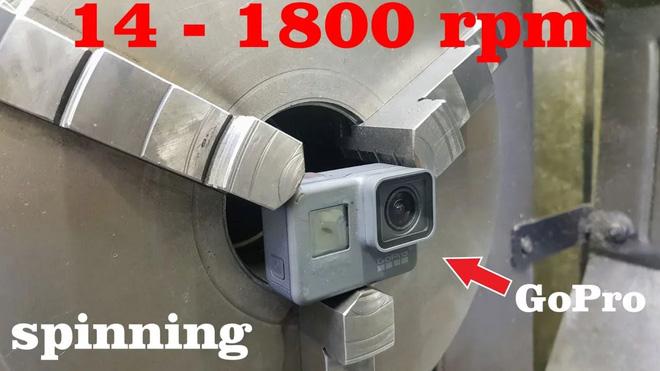 Chóng mặt với thước phim lấy từ GoPro được xoay tròn 1800 vòng trên phút - Ảnh 1.