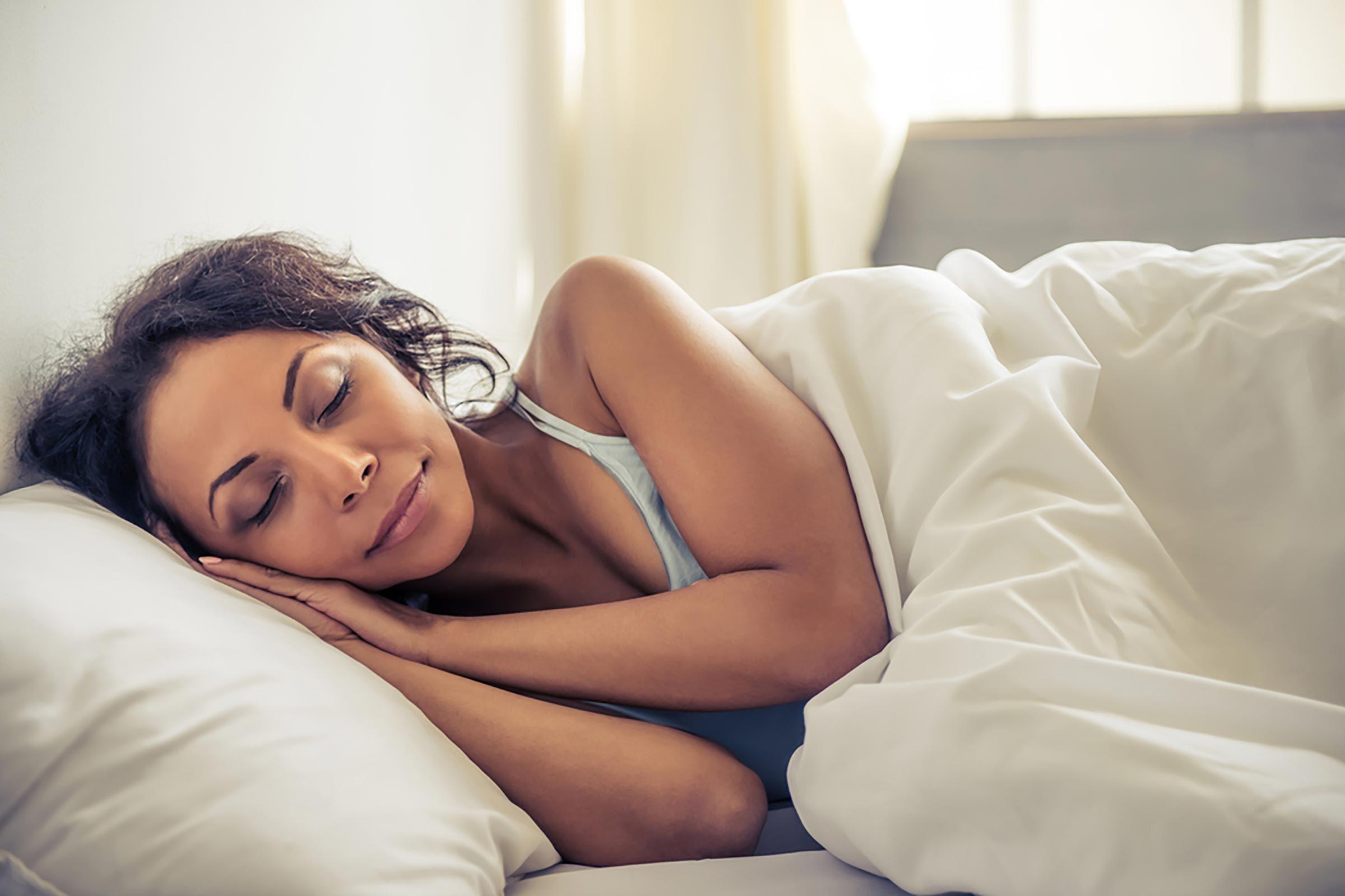 13 sự thật kỳ lạ này về những giấc mơ có thể khiến bạn tỉnh giấc vào ban đêm