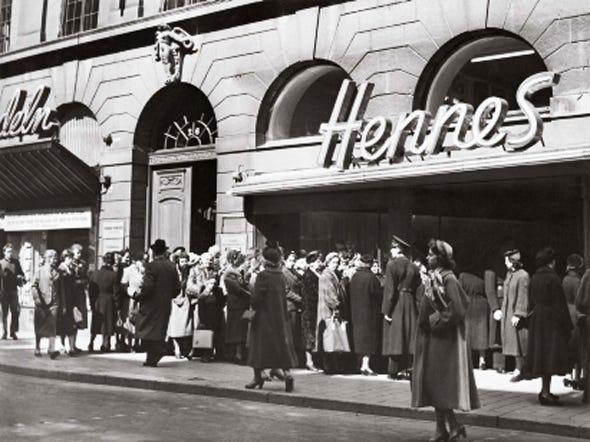 Hennes - 16 điều ít biết về thương hiệu thời trang H&M