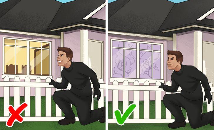 5. Nên che chắn cửa sổ của bạn bằng rèm cửa hoặc phim cách nhiệt an ninh