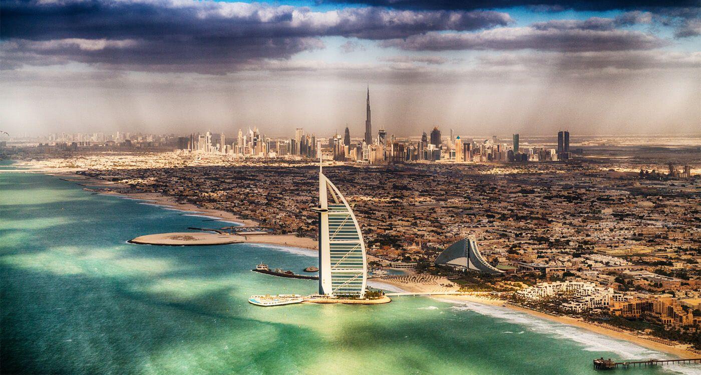 Toàn Cảnh KS Burj Al Arab Dubai. Ảnh: memphistours.com