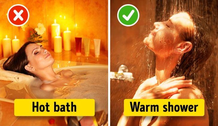 Huấn luyệncơ thể của bạn để phản ứng với một thuật toán nhất định: chẳng hạn nhưtắm nước ấm(không quá mát hoặc quá nóng) và nghe nhạc.Tuy nhiên, không nên tắm nước nóng vì nó sẽ đẩy nhanh quá trình trao đổi chất và bạn sẽ khó đi vào giấc ngủ.