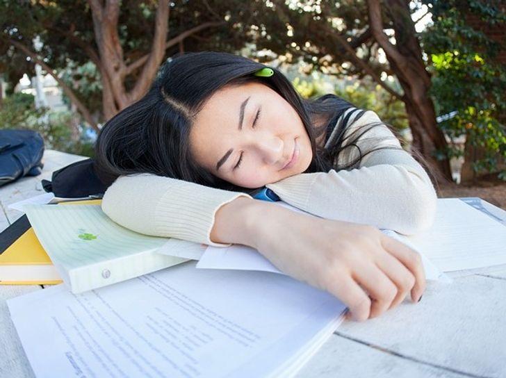 Ngủ sau khí học để ghi nhớ tốt hơn. Ảnh: © pixabay.com