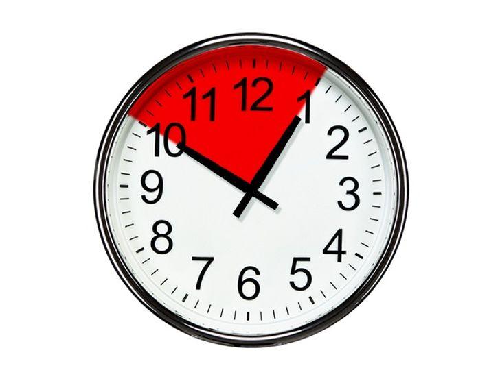 Đi ngủ vào cùng một thời điểmmỗi đêm, tốt nhất là từ 10 giờ tối đến 1 giờ sáng