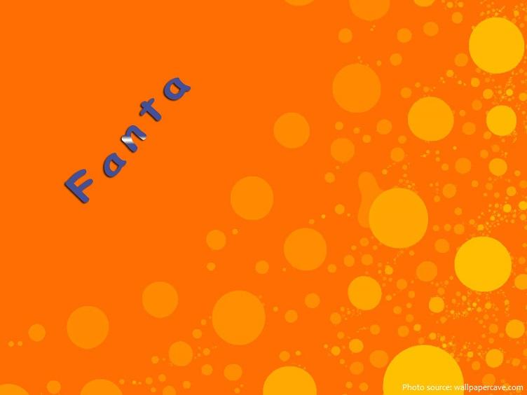 Fanta cam ngày nayđược sản xuất lần đầu tiên tạiÝ, tạiNaplesvào năm 1955, khi một nhà máy đóng chai địa phương bắt đầu sản xuất nó bằng cách sử cam nguồn gốc địa phương.