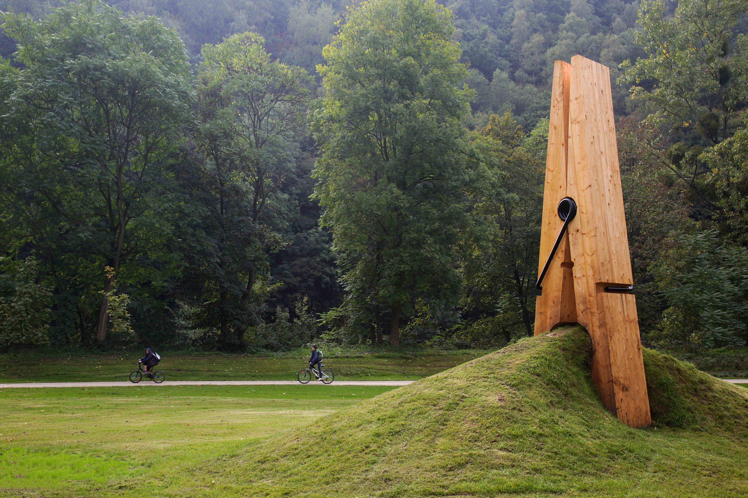 Triển lãm nghệ thuật đương đại ở Công viên Chaudfontaine (Bỉ)