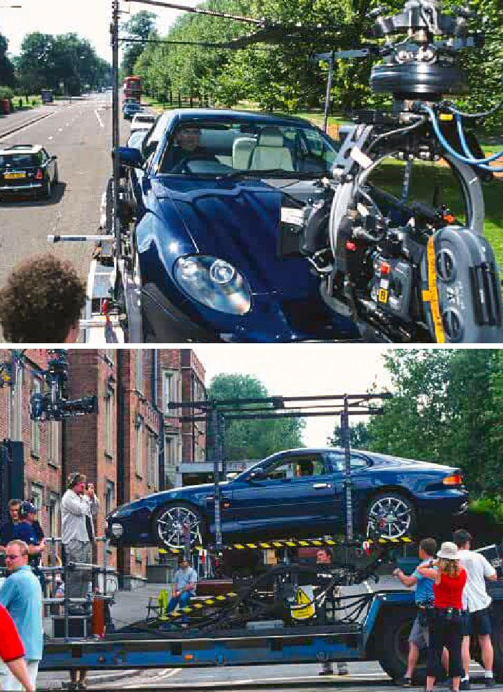 Rowan Atkinson đã sử dụng chiếc Aston Martin của chính mình trong bộ phim Johnny English.