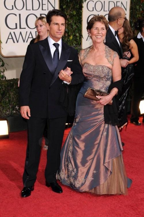 Tom Cruise và mẹ trên thảm đỏ